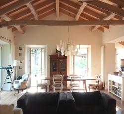 salotto-country-house-divano-nero