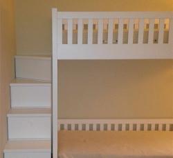 cameretta-con-letto-a-scale